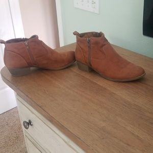 Womens size 8 brown leather booties.